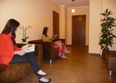 poczekalnia gabinetu masażu ma-uri